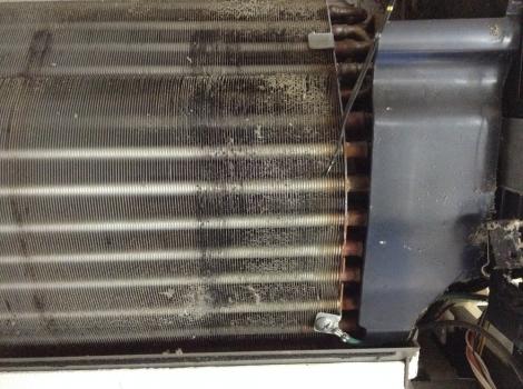 浜松おそうじハウス エアコンNational自動掃除熱交換器右