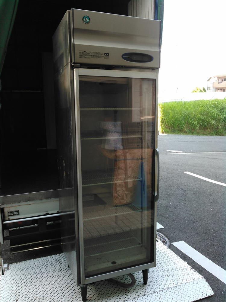 広島県の不用品整理.出張買取は実績多数のアサヒデザイン広島 広島市中区にて.業務用冷蔵庫.フライヤー.製氷器.椅子.テーブなど出張買取り致しました。