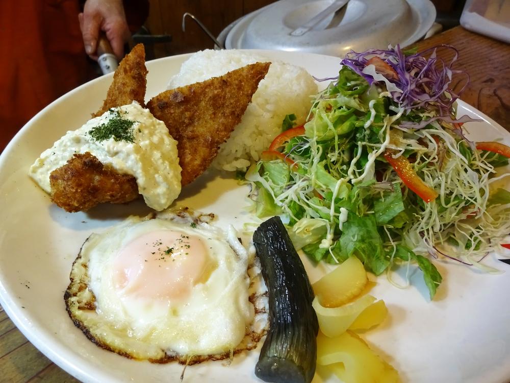 うまいもん屋おたべ 魚フライ定食 650円