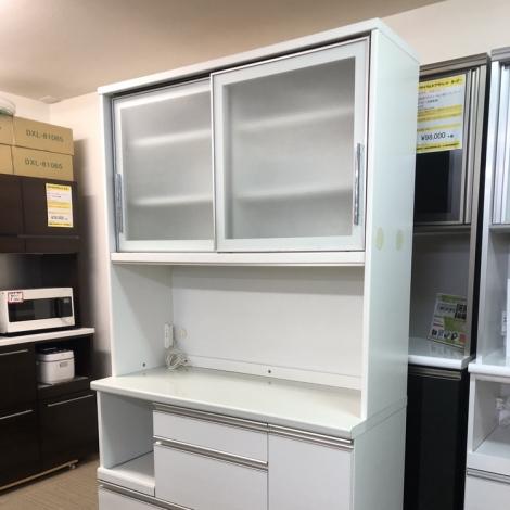 リサイクル & アウトレット はっぴー 【お買い得】高級日本製ユーアイ 120cm幅キッチンボード 食器棚 収納家具 ソフトクローズ仕上げ